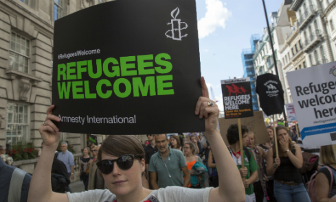 548x331solidarity_with_refugees_march_in_london_12_september_2015